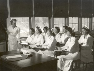 1940s navy nurses training_wikipedia