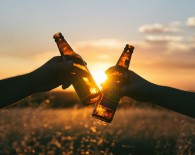 alcohol beers sharing cheers_oncology network australia