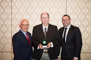 (L to R) Prof John Zalcberg OAM, Mr Daniel Kent, recipient of the first John Zalcberg OAM Award for Excellence in AGITG Research, and AGITG Executive Officer, Russell Conley