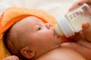 baby bottled milk_oncology news australia
