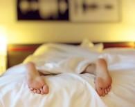 bed sleep insomnia fatigue_oncology news australia