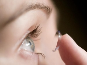 contact lense_oncology news australia