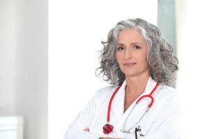 female doctor_oncologynewscomau_900x600
