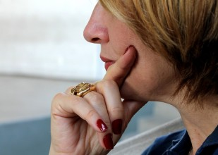 observe woman watchful waiting active surveillance worry anxiety_oncology news australia