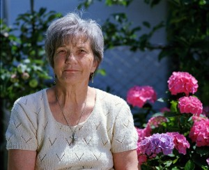 senior woman outdoor garden_oncology news australia