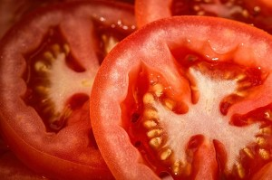 tomatoes cut close macro_oncology news australia
