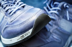 trainers runners joggers runing shoes jogging walking exercise_oncology news australia