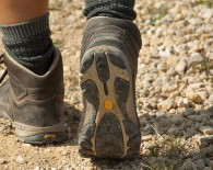 walking boots exercise concept_oncology news australia