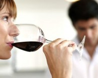 woman drinking red wine_oncology news australia